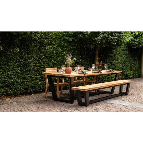 Wolfwood George tuintafel met George tuinbank en St Tropez dining stoelen