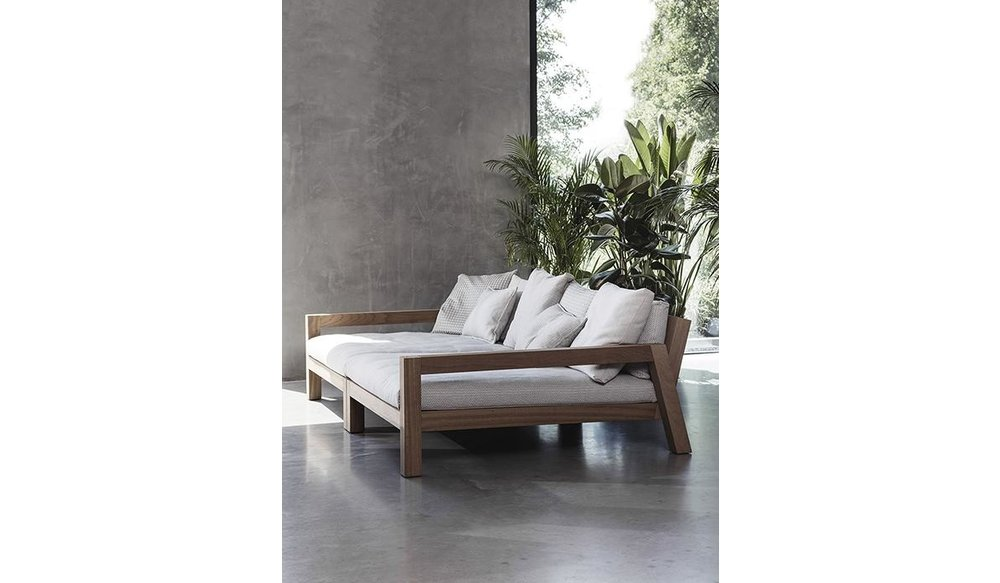 Lars   Daybed