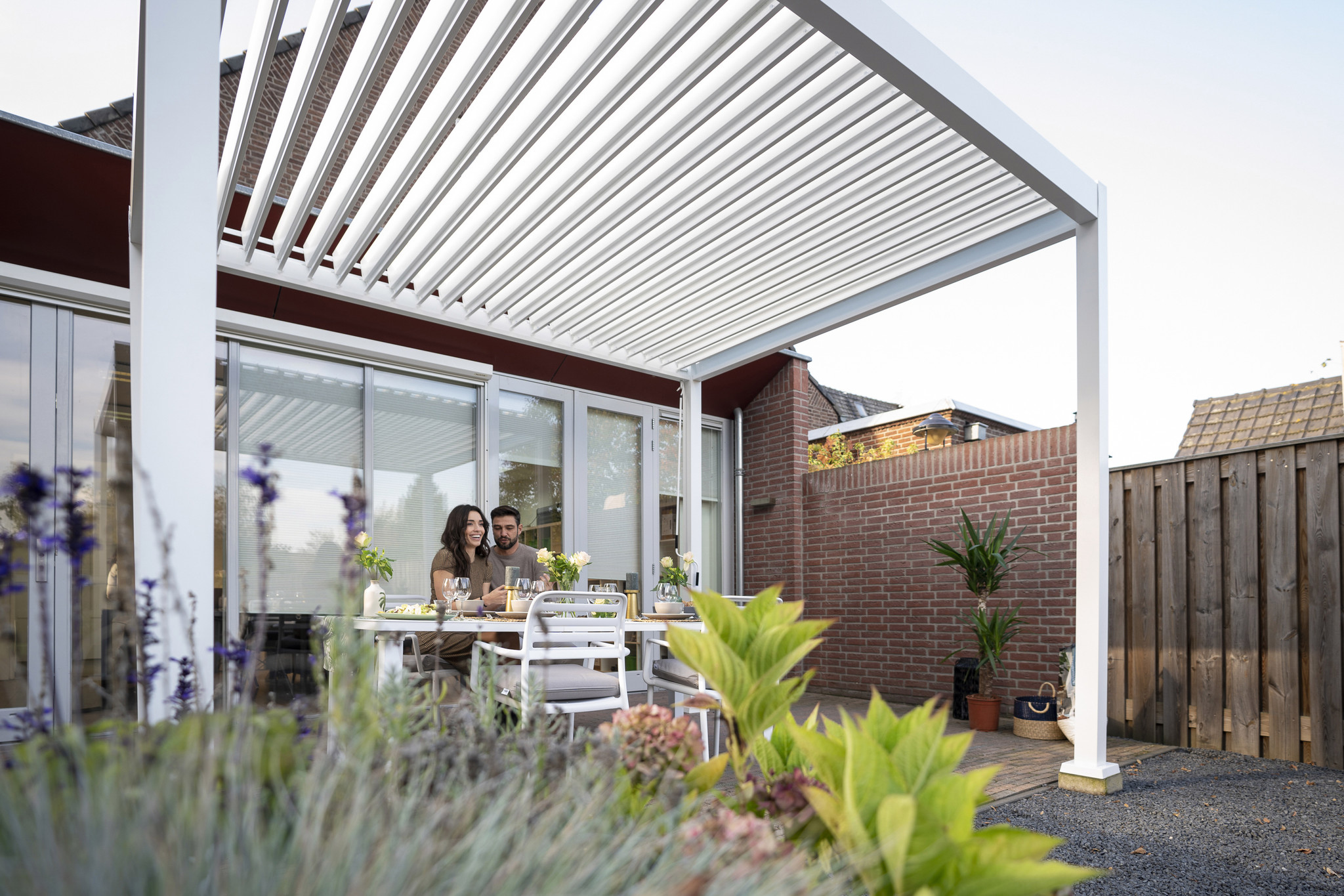 SUNS tuinmeubelen Rota | Terrasoverkapping | Mat Wit | 360x720x250cm