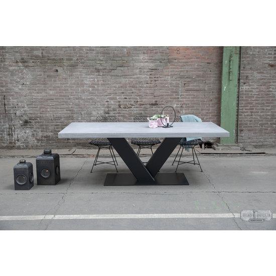 Beton-tafels.com Betonnen tafel met stalen V heavy poot