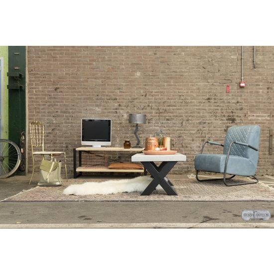 Beton-tafels.com Betonnen salontafel met stalen X poot