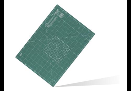 OLFA® 250-CM-A4 dreilagige Schneidematte 20 x 30 cm green