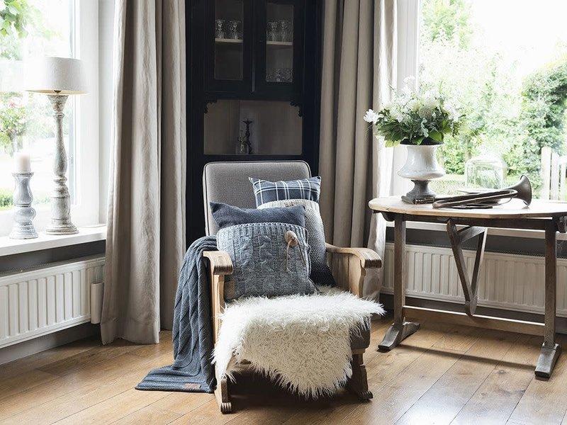 Knit Factory Knit Factory Lois Kussen 50x50 Ruit Zwart