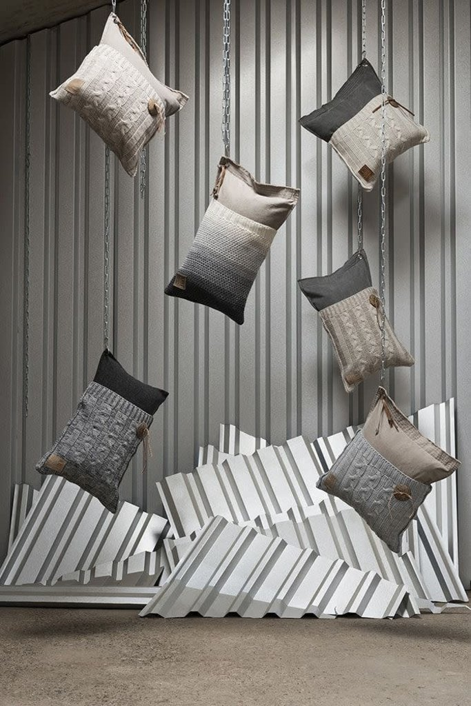 Knit Factory Knit Factory Mara Kussen 50x50 Licht Grijs