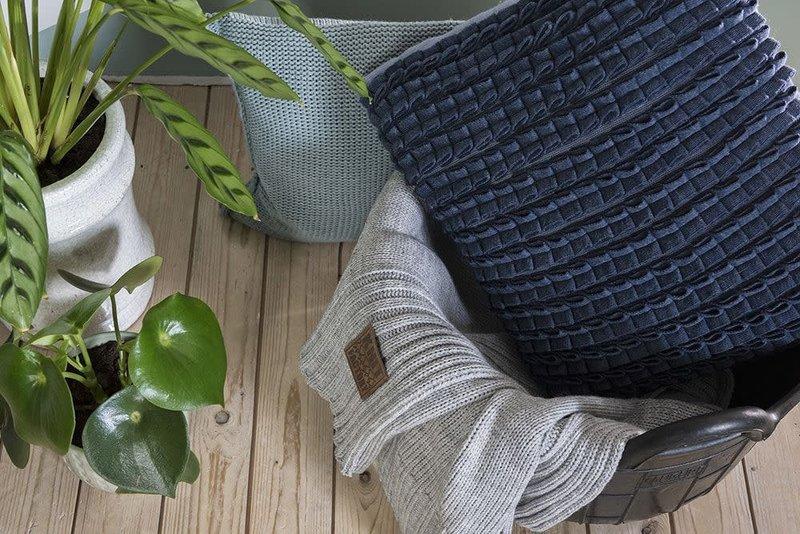Knit Factory Knit Factory Sara Kussen 50x50 Jeans/Indigo