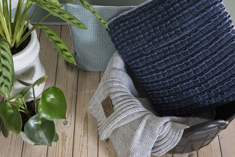 Knit Factory Knit Factory Sara Kussen 50x50 Olive/Seda