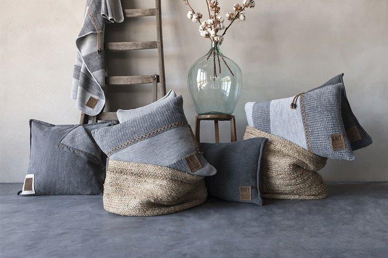 Knit Factory Knit Factory Roxx Kissen 60x40 Grau/Anthrazit