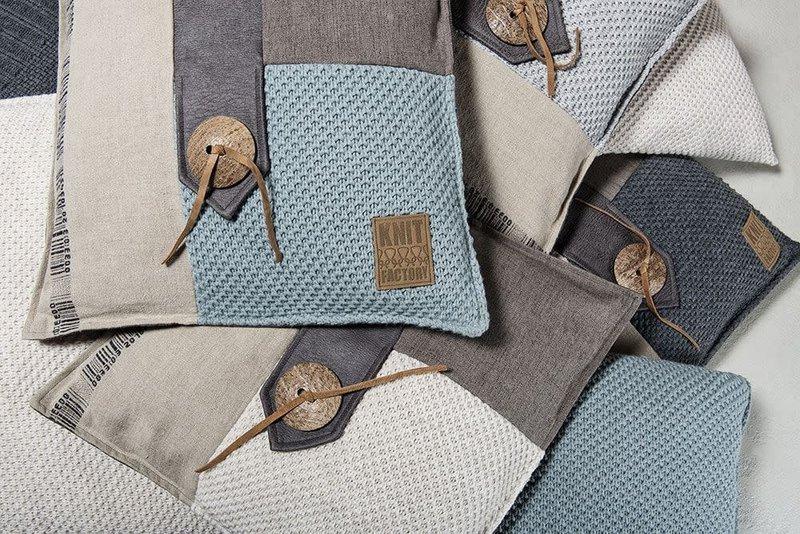 Knit Factory Knit Factory Lex Kussen 50x50 Stone Green