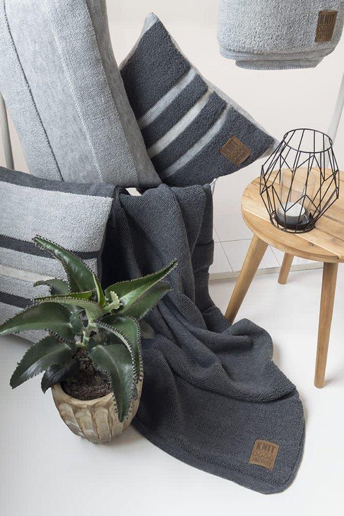 Knit Factory Yara Kussen 60x40 Licht Grijs