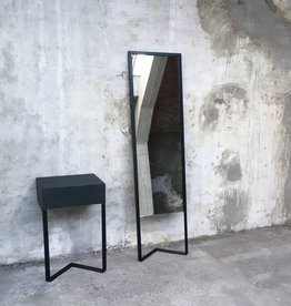 Kontour design Mirror Black