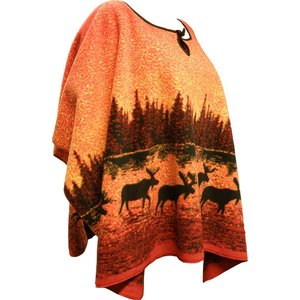 Lappituote Moose in fall colors forest – Fleece Poncho