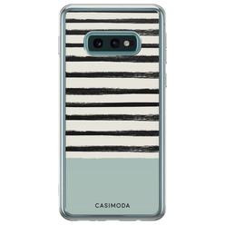 Casimoda Samsung Galaxy S10e siliconen hoesje - Stripes on stripes