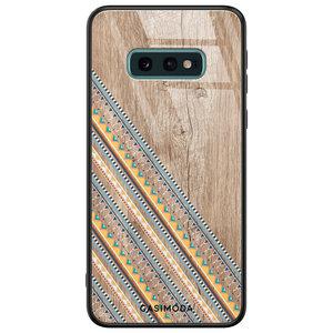 Casimoda Samsung Galaxy S10e glazen hardcase - Wooden stripes