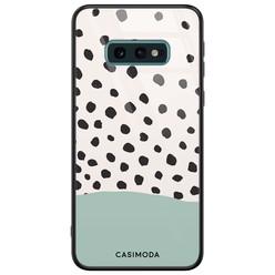 Casimoda Samsung Galaxy S10e glazen hardcase - Blue dots