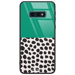 Casimoda Samsung Galaxy S10e glazen hardcase - Wild dots