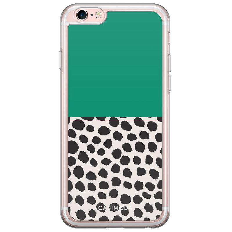 Casimoda iPhone 6/6s siliconen hoesje - Wild dots
