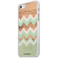 Casimoda iPhone 5/5S/SE siliconen hoesje - Mint wooden chevron