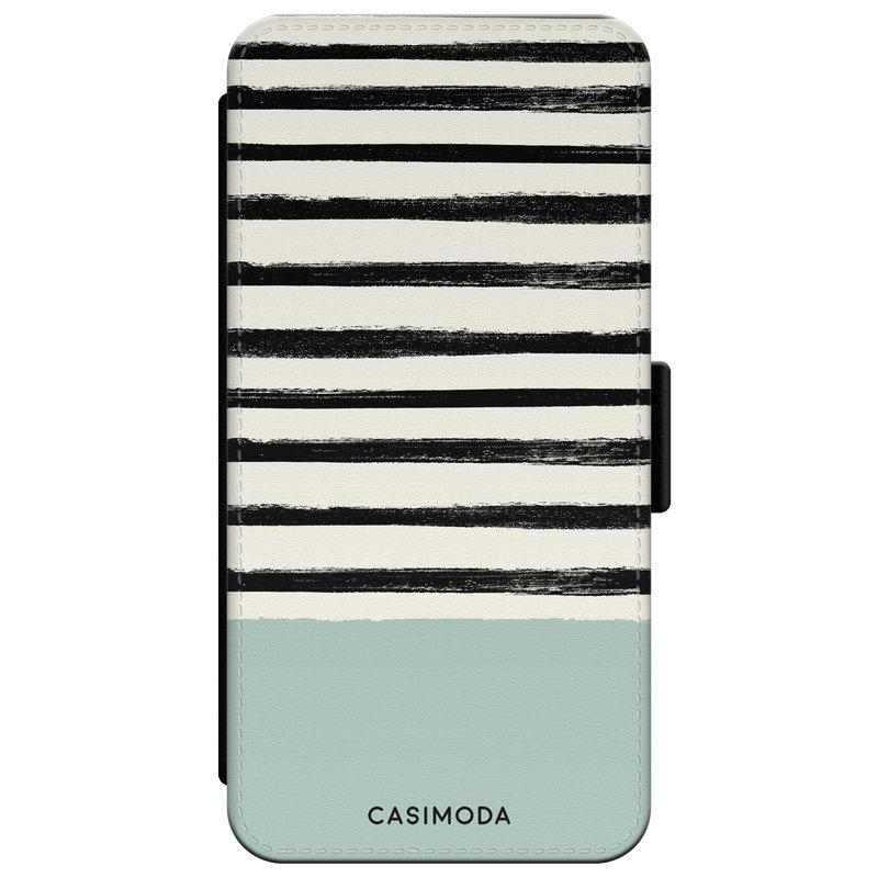 Casimoda iPhone XR flipcase - Stripes on stripes