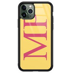 iPhone 11 Pro Max glazen hoesje ontwerpen - Geel initialen