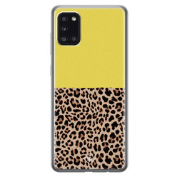 Casimoda Samsung Galaxy A31 siliconen hoesje - Luipaard geel