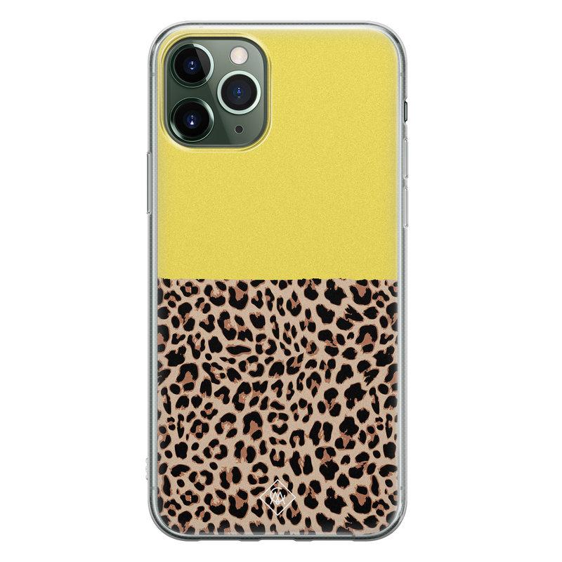 Casimoda iPhone 11 Pro siliconen hoesjje - Luipaard geel