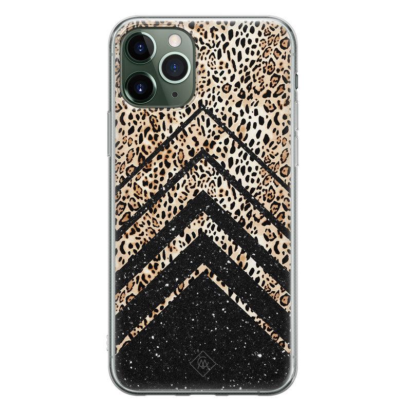 Casimoda iPhone 11 Pro Max siliconen hoesje - Chevron luipaard