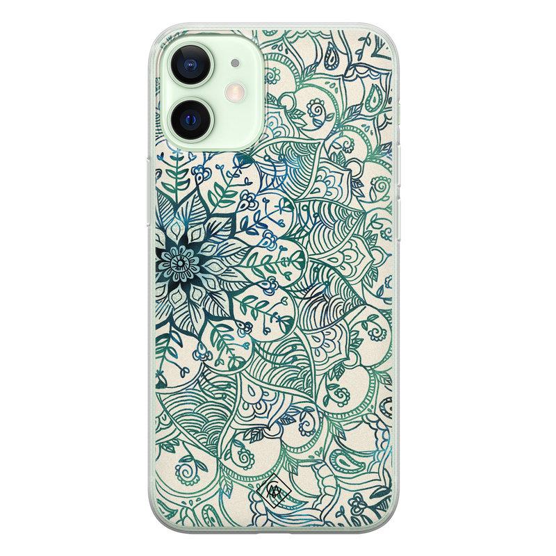 Casimoda iPhone 12 mini siliconen hoesje - Mandala blauw