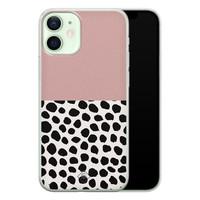Casimoda iPhone 12 mini siliconen hoesje - Pink dots