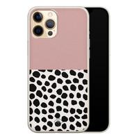 Casimoda iPhone 12 Pro siliconen hoesje - Pink dots