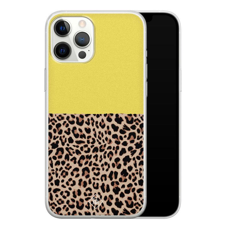 Casimoda iPhone 12 Pro Max siliconen hoesjje - Luipaard geel
