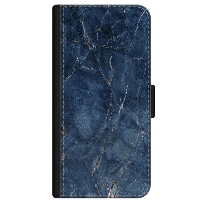 Casimoda iPhone 12 flipcase - Marmer navy blauw