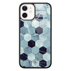 Casimoda iPhone 12 mini glazen hardcase - Blue cubes