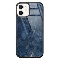 Casimoda iPhone 12 mini glazen hardcase - Marmer navy blauw