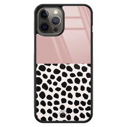 Casimoda iPhone 12 Pro Max glazen hardcase - Pink dots