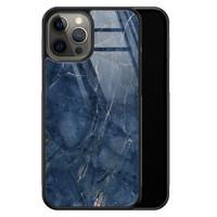 Casimoda iPhone 12 Pro Max glazen hardcase - Marmer navy blauw