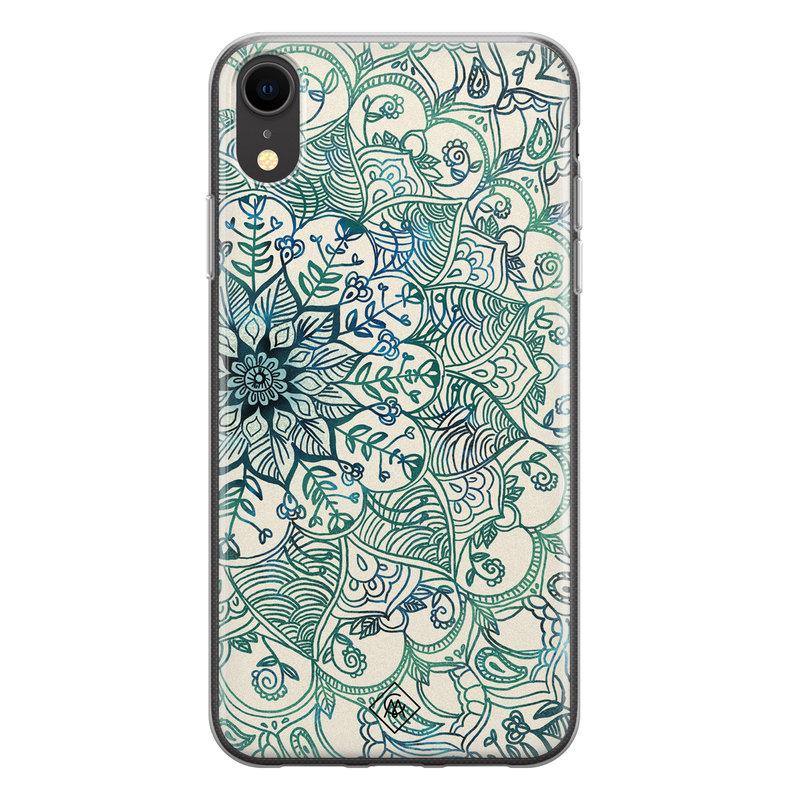 Casimoda iPhone XR siliconen hoesje - Mandala blauw