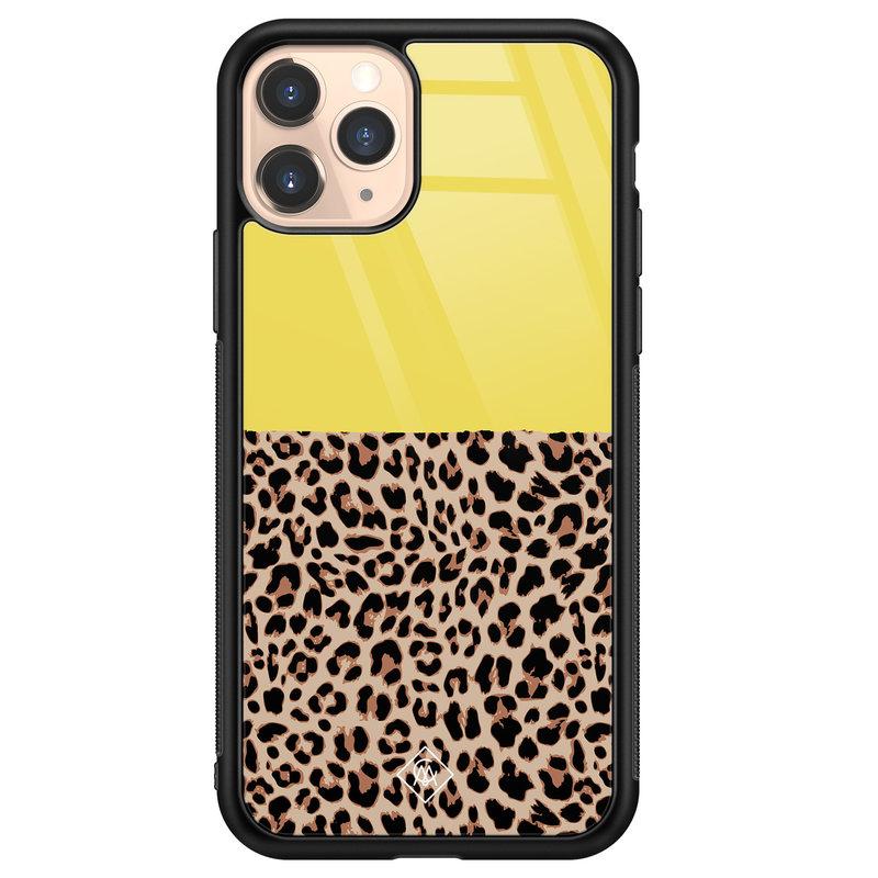Casimoda iPhone 11 Pro glazen hardcase - Luipaard geel
