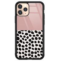 Casimoda iPhone 11 Pro glazen hardcase - Pink dots
