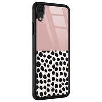 Casimoda iPhone XR glazen hardcase - Pink dots