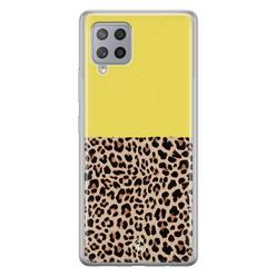 Casimoda Samsung Galaxy A42 siliconen hoesje - Luipaard geel