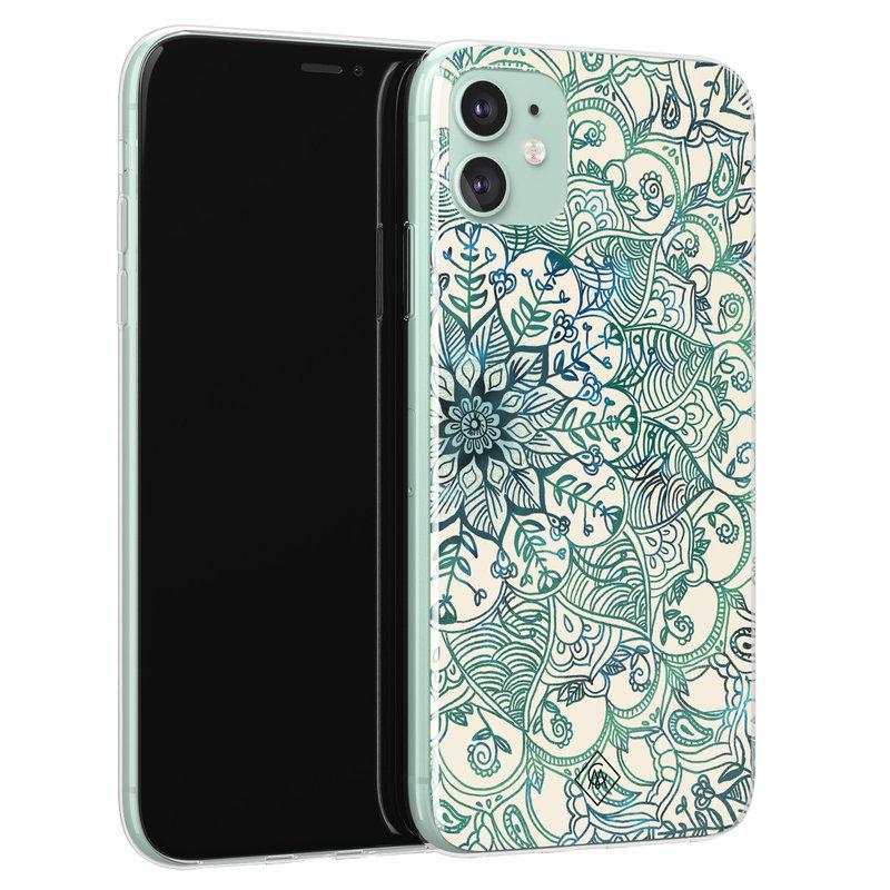 Casimoda iPhone 11 siliconen hoesje - Mandala blauw