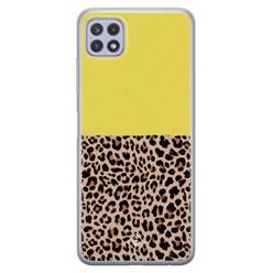 Casimoda Samsung Galaxy A22 5G siliconen hoesje - Luipaard geel