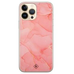 Casimoda iPhone 13 Pro Max siliconen hoesje - Marmer roze
