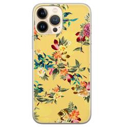 Casimoda iPhone 13 Pro Max siliconen hoesje - Floral days