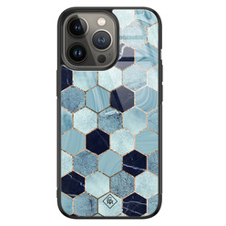 Casimoda iPhone 13 Pro glazen hardcase - Blue cubes