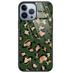 Casimoda iPhone 13 Pro Max glazen hardcase - Luipaard groen