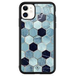 Casimoda iPhone 11 glazen hardcase - Blue cubes