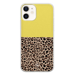 Casimoda iPhone 12 siliconen hoesje - Luipaard geel