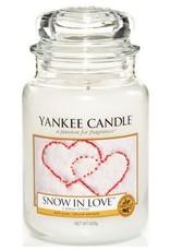Yanke Candle Snow In Love Large Jar