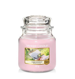 Yankee Candle Sunny Daydream Medium Candle